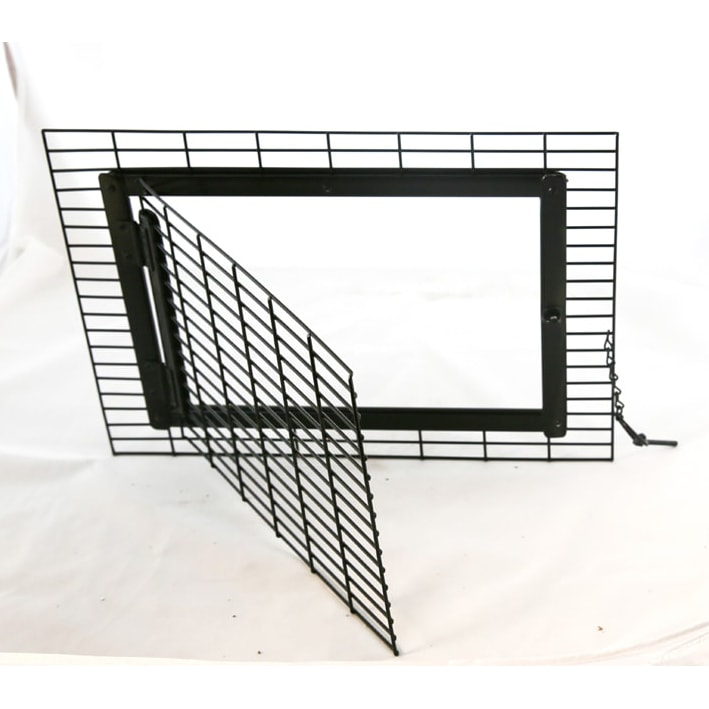 Small open door front with rectangle wire squares